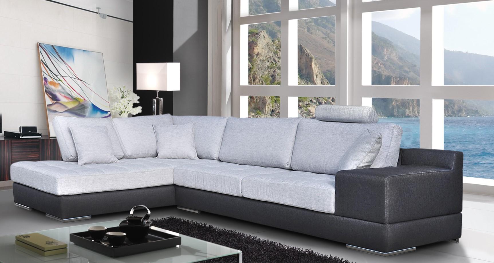 Salon en tissu salon tissu beige fauteuils meubles with for Salon du tissu